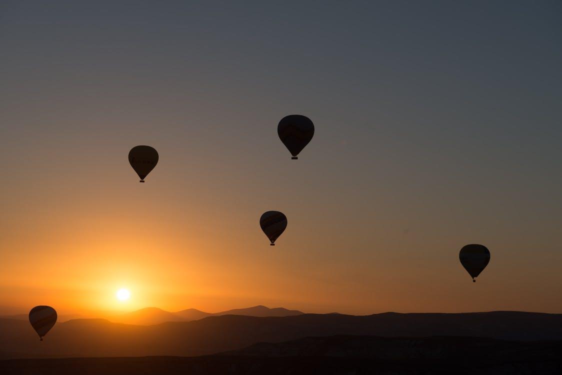 hot-air-ballooning-balloon-cappadocia-dawn-50674.jpeg
